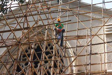 bamboo-construction-workers-2 copy